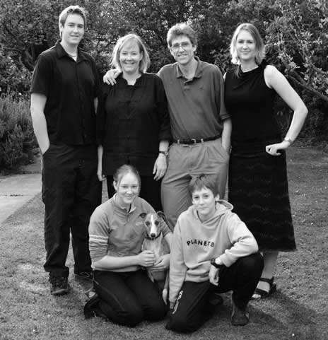 The Cloake's photographed by Simon Woolf in 2003